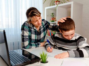 Hoy los padres son educadores de sus hijos