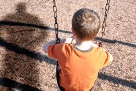 La negligencia parental daña a los niños
