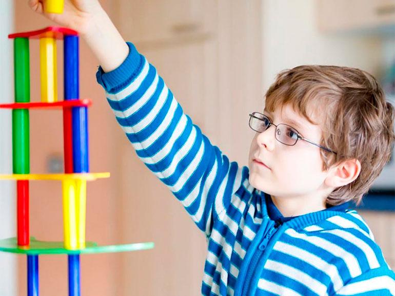 Los niños tienen un desarrollo cognitivo por edades