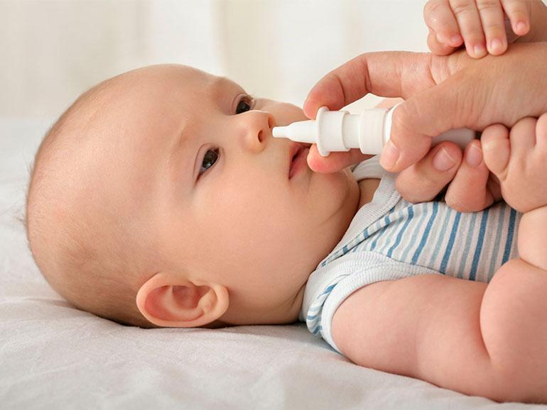 Existen técnicas para limpiar la nariz del bebé