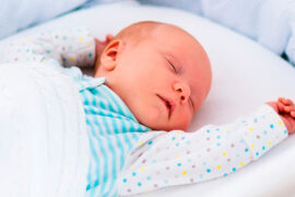 No hay evidencia del ruido blanco para el sueño del bebé