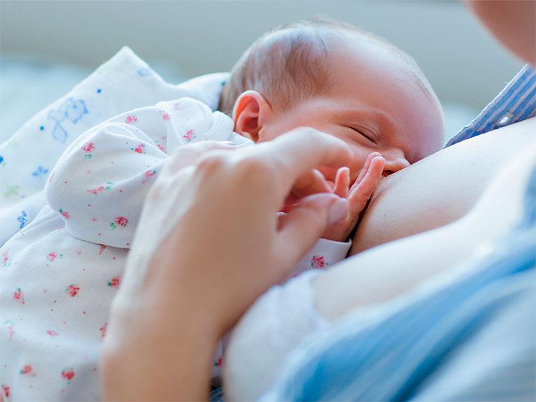 Los beneficios de la lactancia son innumerables