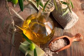 El aceite de oliva se usa en belleza