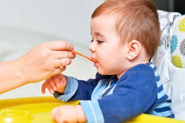 La miel no se puede dar a bebés