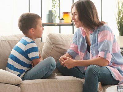 Los padres deben hablar con sus hijos