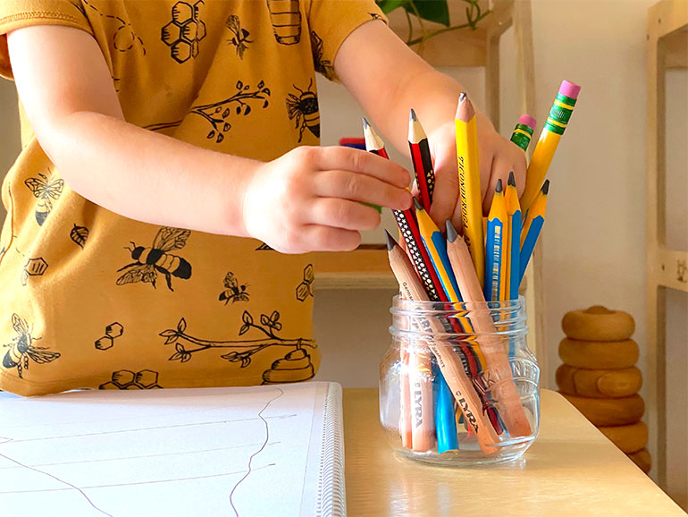 En la etapa preescolar se sostiene lápiz